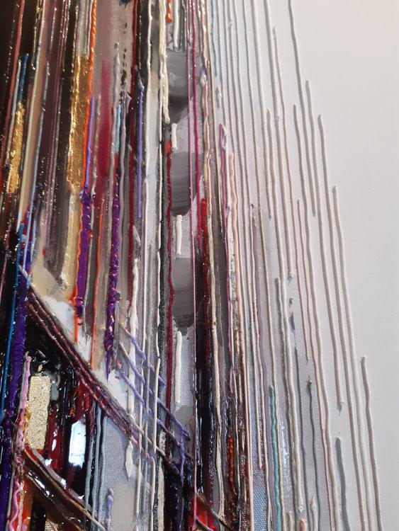 Cité urbaine 40x120 cm Réf URB0314 leslie berthet laval artiste peintre art contemporain moderne toile canvas atelier galerie leslie technique mixte spray acrilyque huile résine seringue blanc